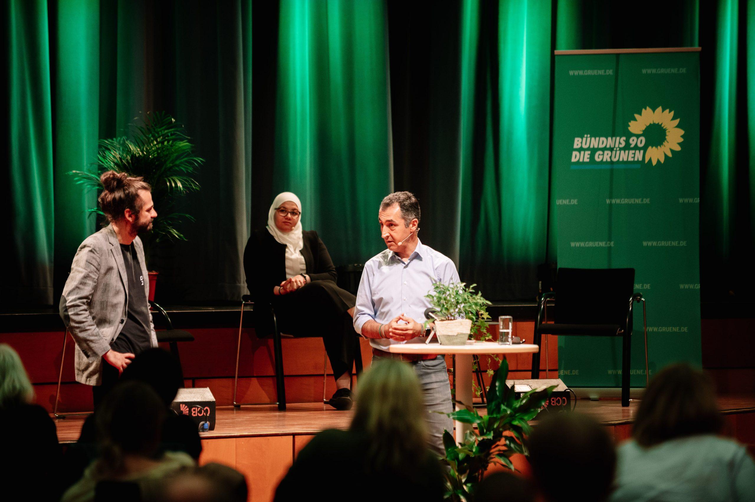 Cem Özdemir: Grüner Klimaschutz sichert Arbeitsplätze